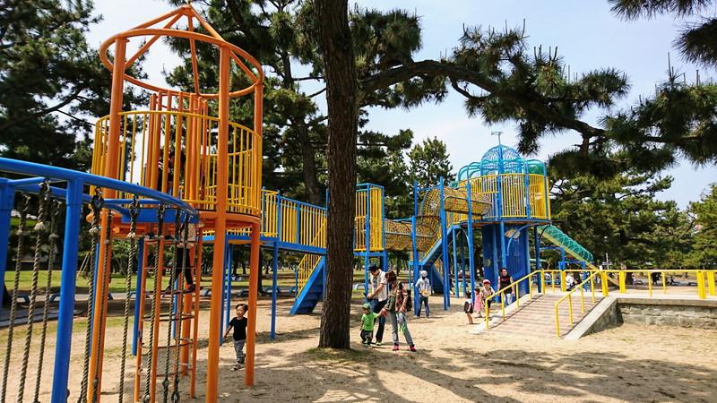 絶対楽しい!!大型遊具もあるバーベキューにおすすめの浜寺公園に行ってきました。